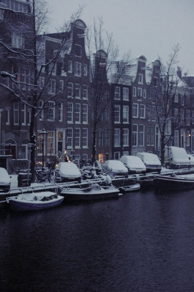 969 snow on the canal '13