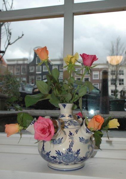 969 tulip vase roses