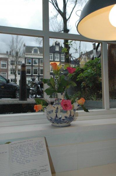969 tulip vase view guestb